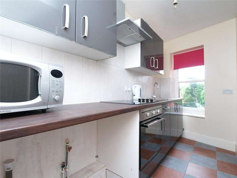 2 Bedrooms Apartment Flat for rent in High Street, Builth Wells, Powys