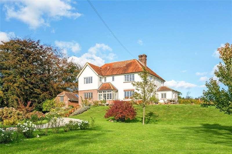 4 Bedrooms Detached House for sale in Houghton Green Lane, Playden, Rye, East Sussex, TN31
