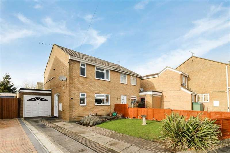 3 Bedrooms Semi Detached House for sale in Swinburne Place, Royal Wootton Bassett, Wiltshire