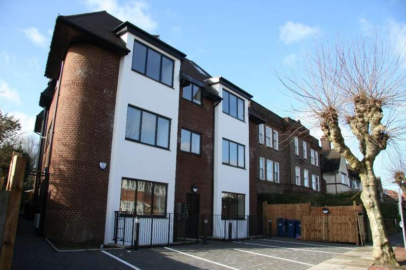 1 Bedroom Flat for sale in Flamingo Court, NW11