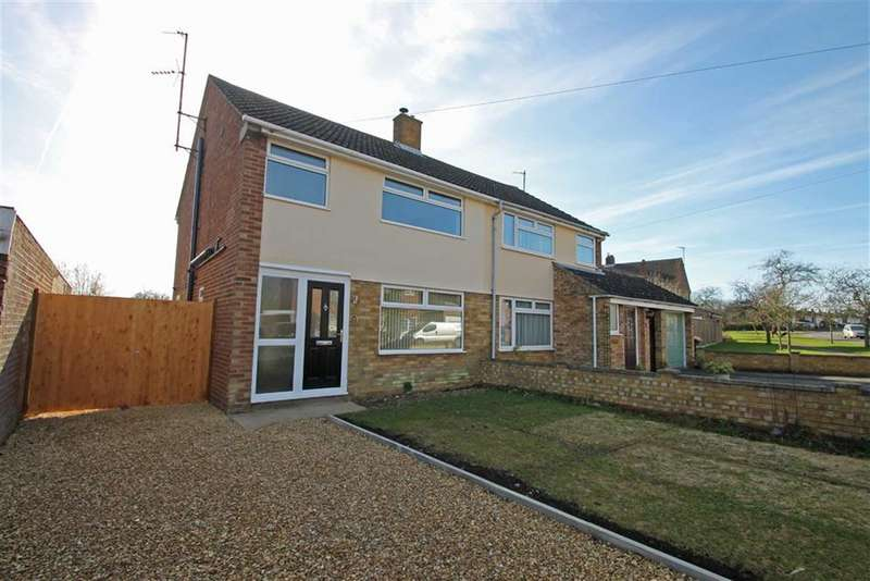 3 Bedrooms Semi Detached House for sale in Woodland Drive, Bromham, Beds