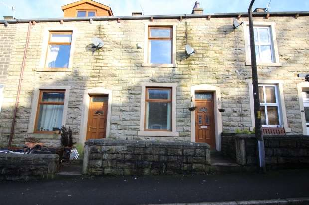 2 Bedrooms Terraced House for sale in York Street, Rossendale, Lancashire, BB4 8NL