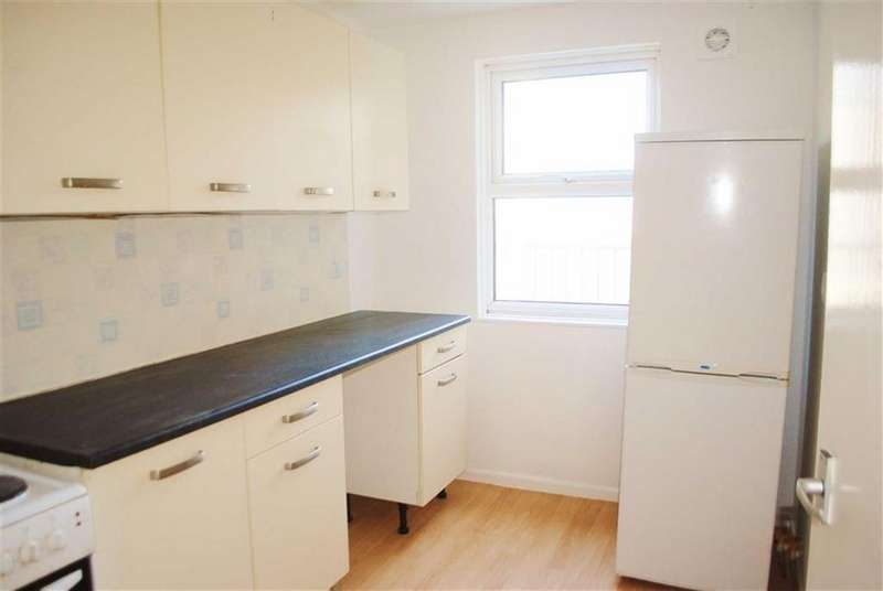 2 Bedrooms Flat for rent in Wesley House, Crackwell Street, Tenby, Pembrokeshire, SA70