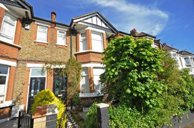 4 Bedrooms Semi Detached House for sale in Wellington Road, Wanstead
