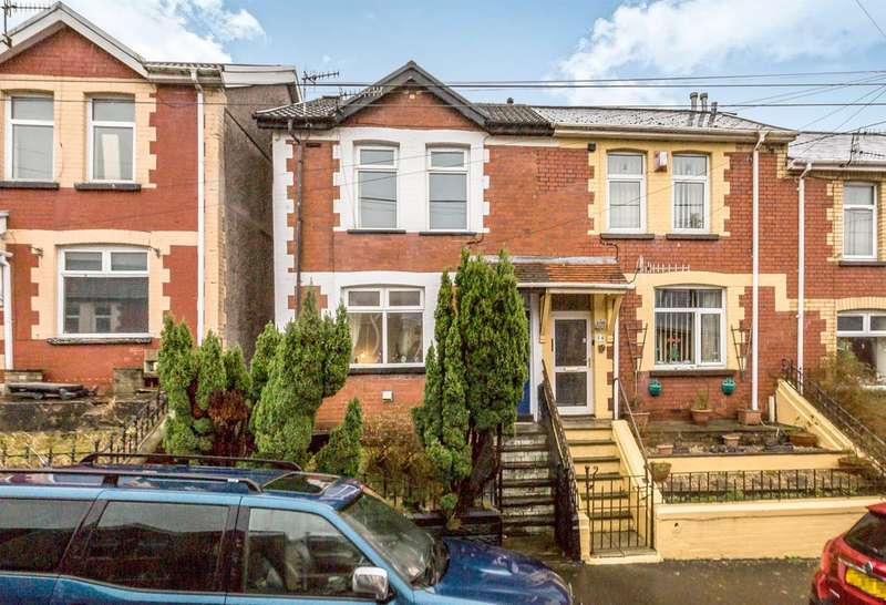 3 Bedrooms Terraced House for sale in The Avenue, Pontycymer, Bridgend