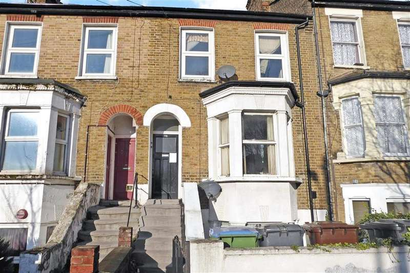 2 Bedrooms Flat for sale in North Birkbeck Road, Leytonstone