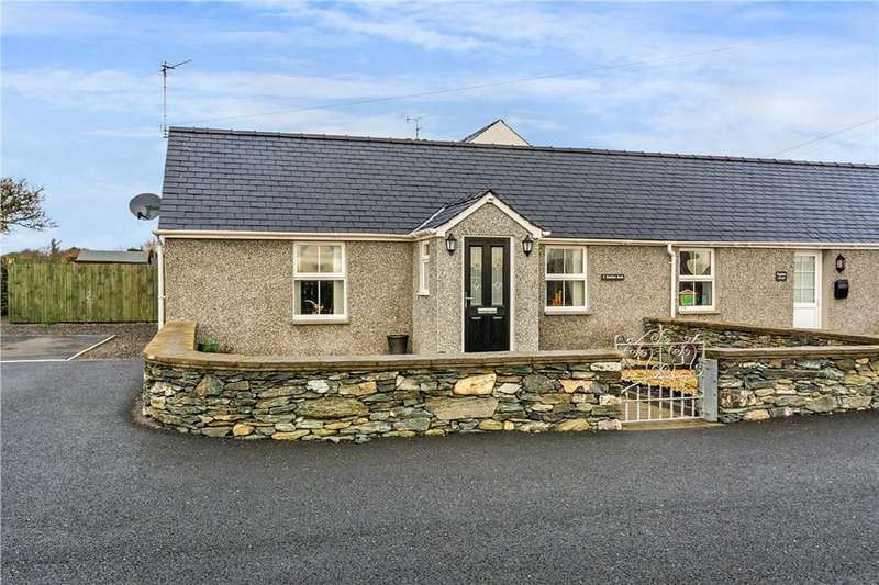 1 Bedroom Cottage House for sale in Valley, Anglesey, North Wales