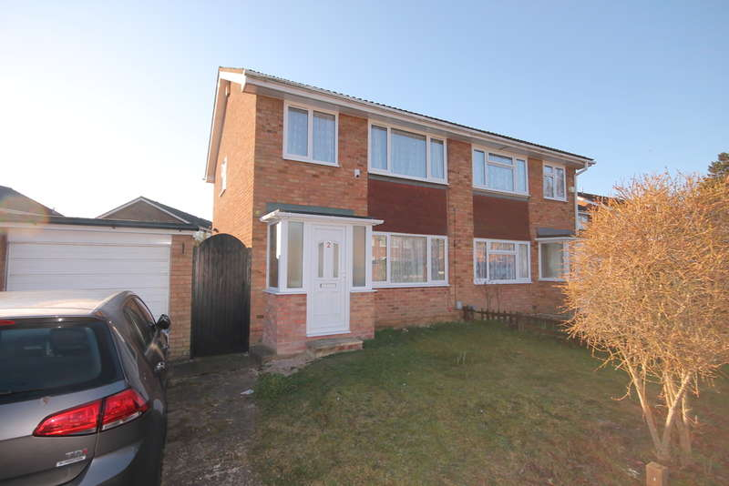 3 Bedrooms Semi Detached House for sale in Northdale Close, Kempston, MK42