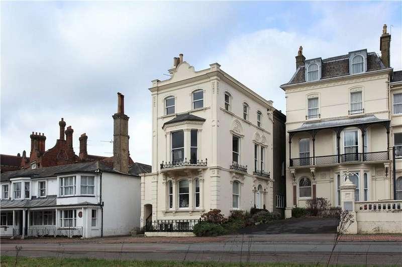 2 Bedrooms Flat for sale in Mount Ephraim, Tunbridge Wells, Kent, TN4