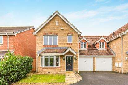 3 Bedrooms Link Detached House for sale in Totton, Southampton, Hampshire