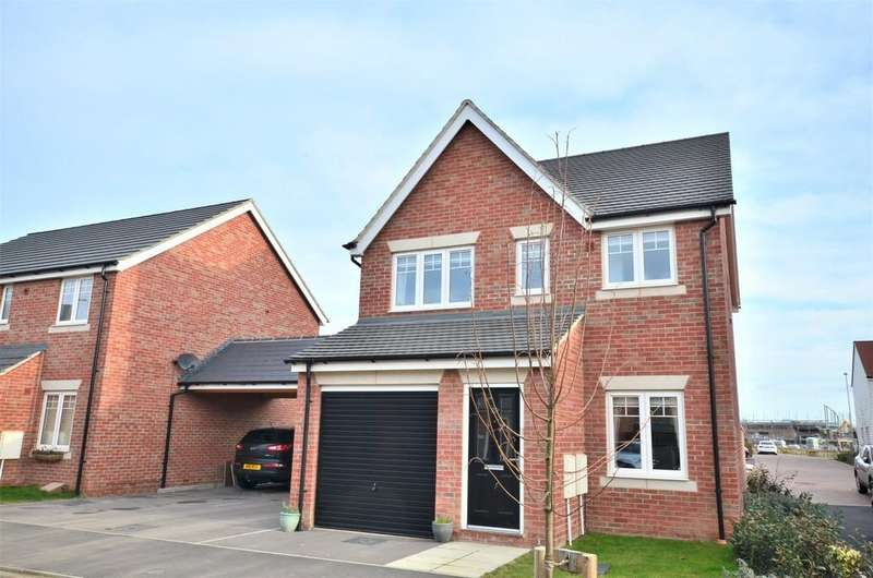 3 Bedrooms Detached House for sale in Ostrich Street, Stanway, CO3 8AS