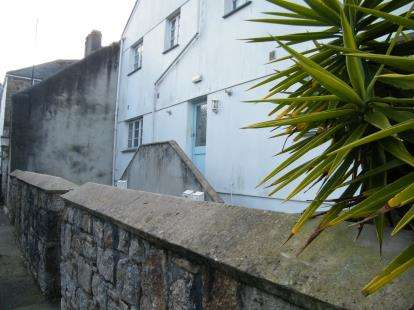 1 Bedroom Flat for sale in ., Penznce, Cornwall