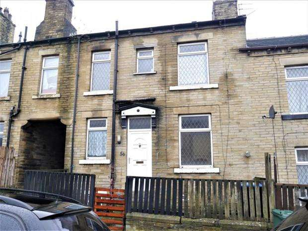 2 Bedrooms Terraced House for rent in Paley Terrace, Bradford, BD4