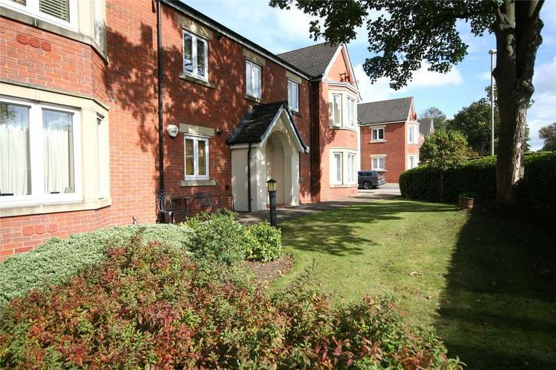 2 Bedrooms Apartment Flat for sale in St Michaels Close, Charlton Kings, Cheltenham, GL53