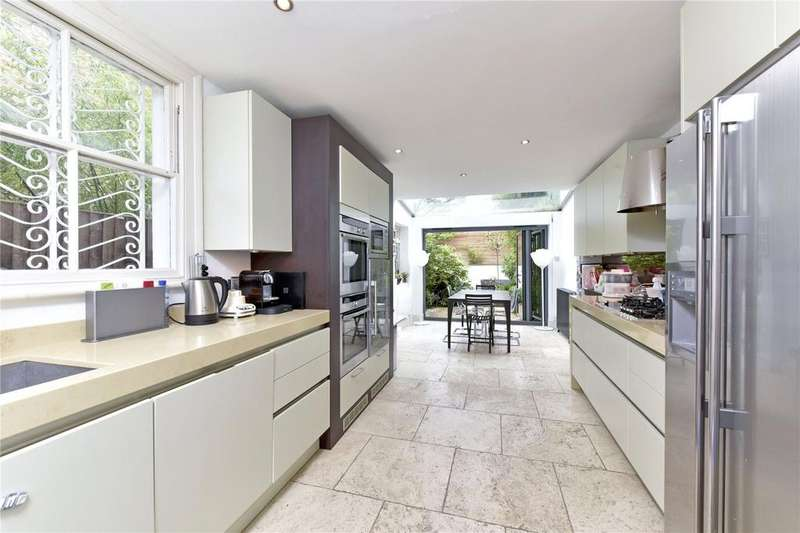 4 Bedrooms Terraced House for sale in Harbut Road, Battersea, London, SW11