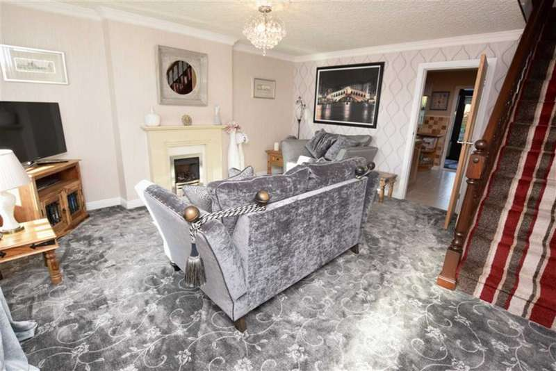 2 Bedrooms Semi Detached House for sale in Langdale Crescent, Dalton-in-Furness, Cumbria