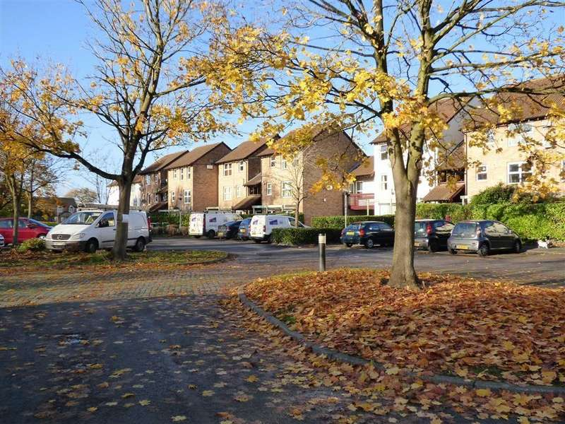 1 Bedroom Flat for sale in St Chads Fields, Winsford, Cheshire