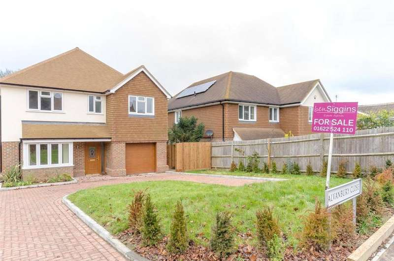 4 Bedrooms Detached House for sale in Sevington Park, Loose, Maidstone, ME15