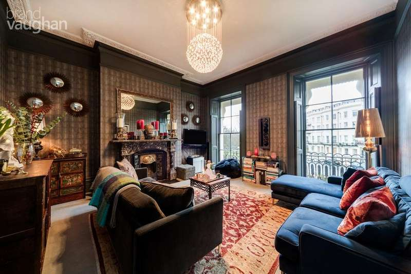 2 Bedrooms Apartment Flat for sale in Montpelier Crescent , BRIGHTON, BN1