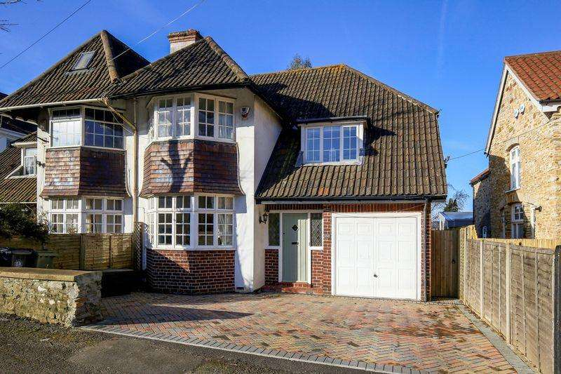 3 Bedrooms Semi Detached House for sale in Westbury Road, Bristol
