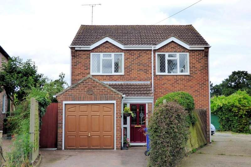 3 Bedrooms Detached House for sale in Beacon Road, Rolleston-on-dove