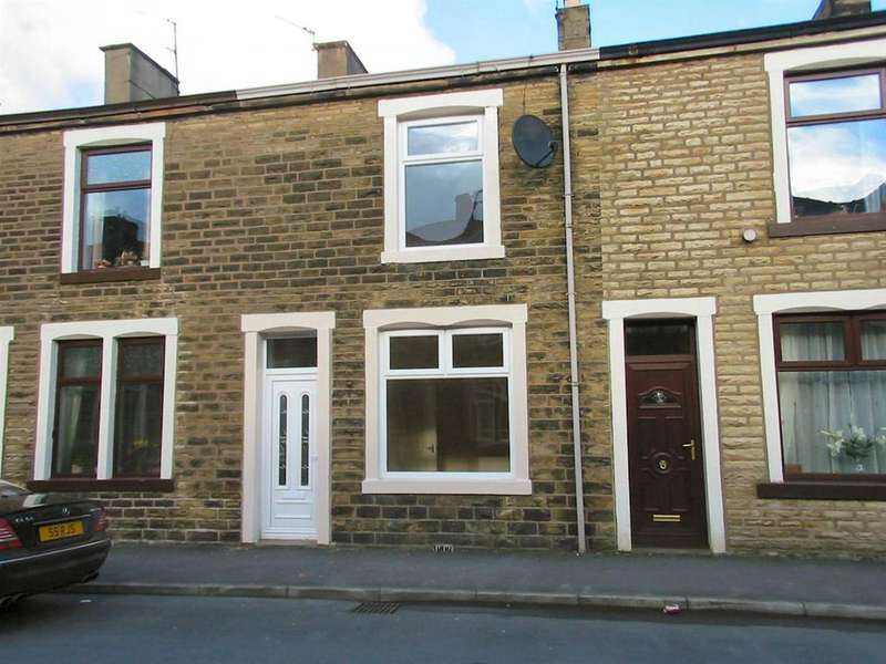 3 Bedrooms Terraced House for rent in Wilton Street, Barrowford BB9