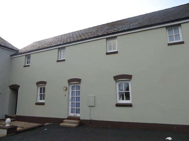 3 Bedrooms Terraced House for rent in Llanstadwell