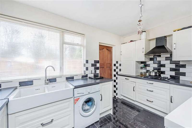 3 Bedrooms House for sale in Homefield Gardens, Mitcham, London