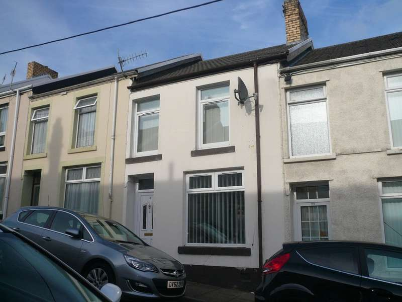3 Bedrooms Terraced House for rent in Brynglas Street, Penydarren. CF47