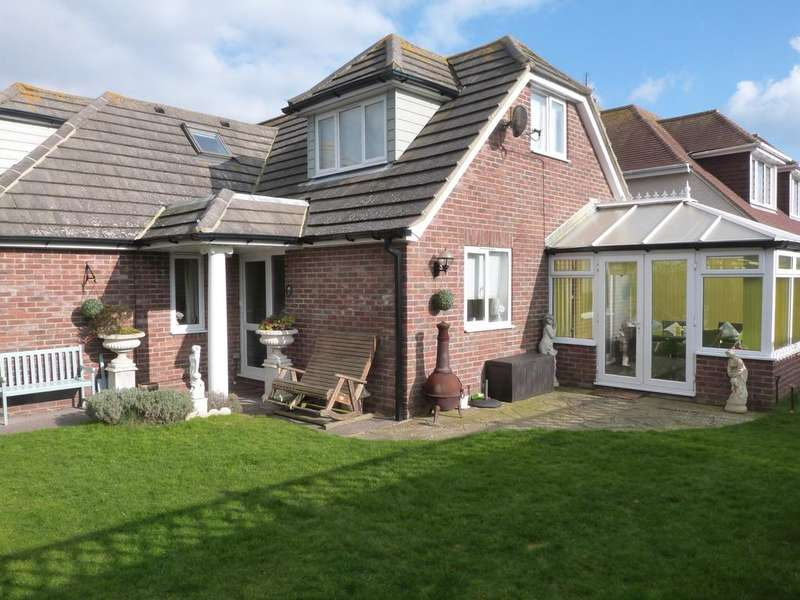 3 Bedrooms Detached House for sale in Bonnar Road, Selsey