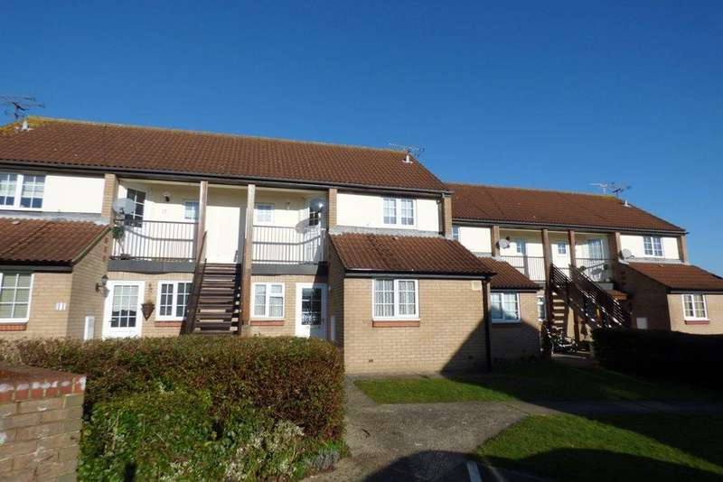 1 Bedroom Flat for rent in Moat Rise, Rayleigh, Essex
