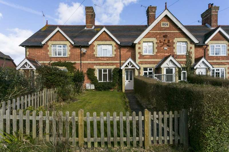 2 Bedrooms Cottage House for sale in Benhall Mill Road, Tunbridge Wells