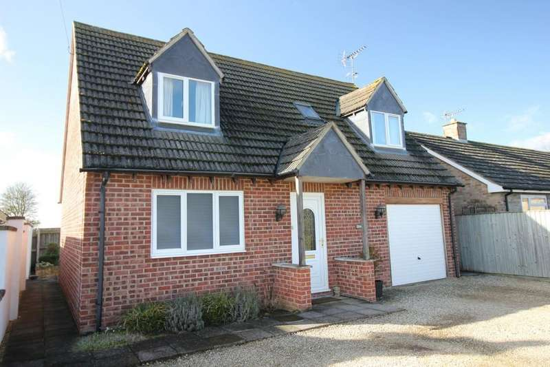 3 Bedrooms Chalet House for sale in Longcot
