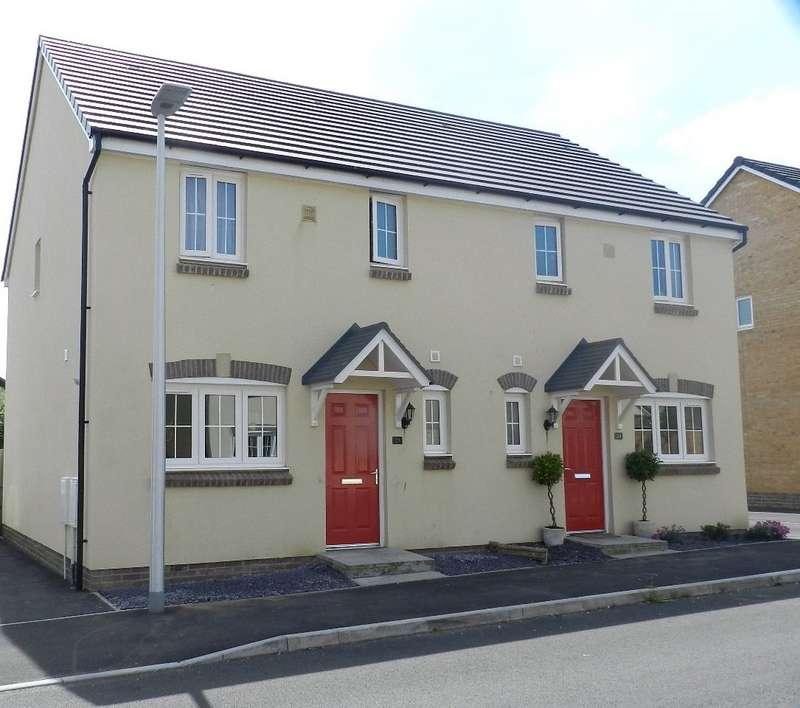 3 Bedrooms Semi Detached House for sale in Castleton Grove, Haverfordwest, Pembrokeshire