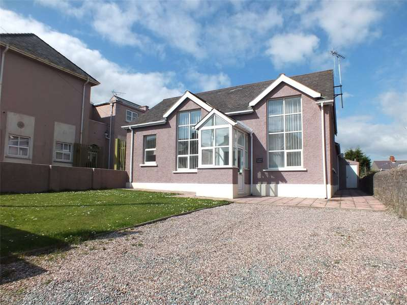 3 Bedrooms Detached House for sale in Central House, Yorke Street, Milford Haven, Pembrokeshire