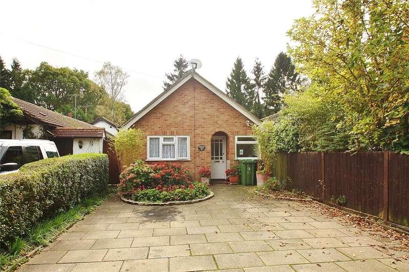 3 Bedrooms Detached Bungalow for sale in Queens Road, Bisley, Woking, Surrey, GU24