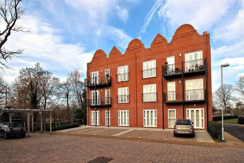 2 Bedrooms Apartment Flat for sale in Unwin Court, Gresham Park Road, Woking, Surrey, GU22