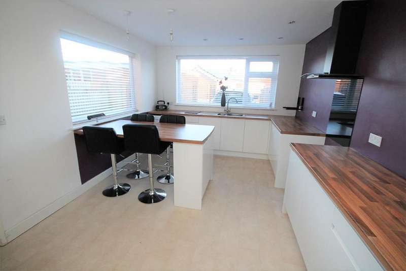 2 Bedrooms Semi Detached House for sale in Washington Grove, Stockton-On-Tees