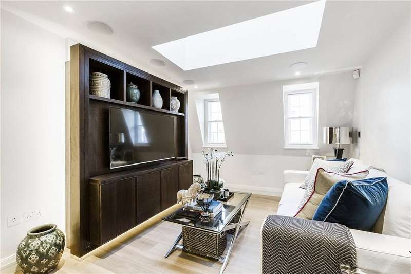 2 Bedrooms Penthouse Flat for sale in Strand Chambers, Strand, WC2R