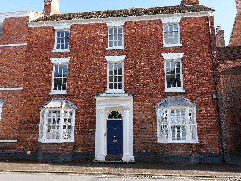 2 Bedrooms Apartment Flat for sale in 31 Bridge Street, Pershore WR10 1AJ