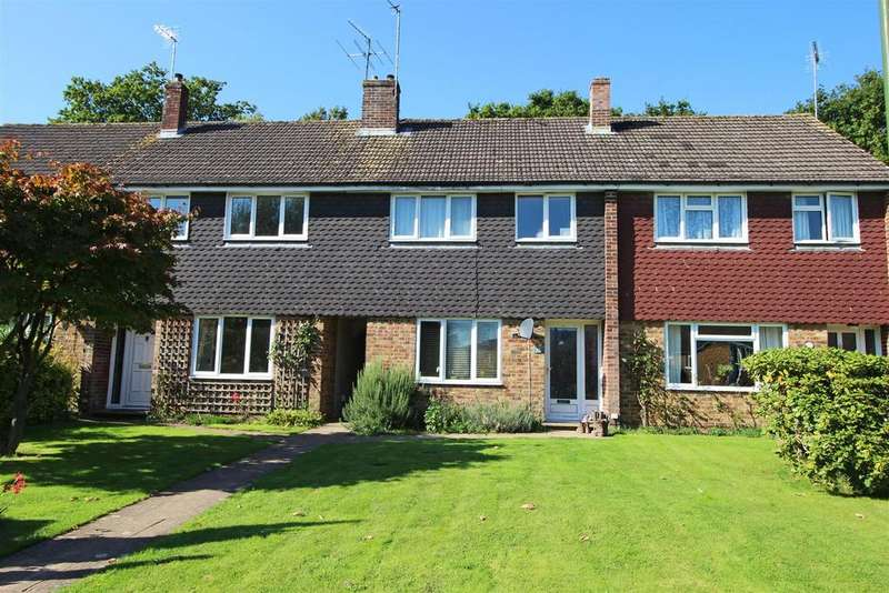 4 Bedrooms Terraced House for sale in Brookway, Lindfield