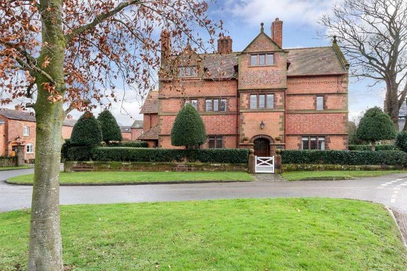 5 Bedrooms House for sale in Village Road, Waverton, Chester
