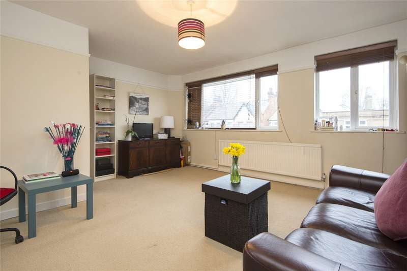 2 Bedrooms Flat for sale in Sylvan Road, London, E11