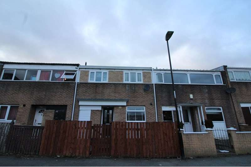 3 Bedrooms Property for sale in Waskerley Road, Barmston, Washington, Tyne and Wear, NE38 8EW