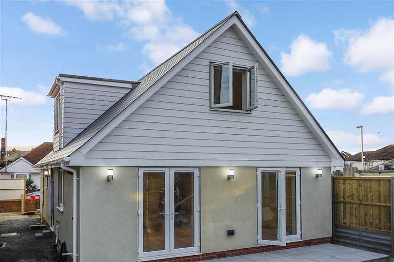 3 Bedrooms Detached House for sale in Fleetwood Avenue, Herne Bay, Kent