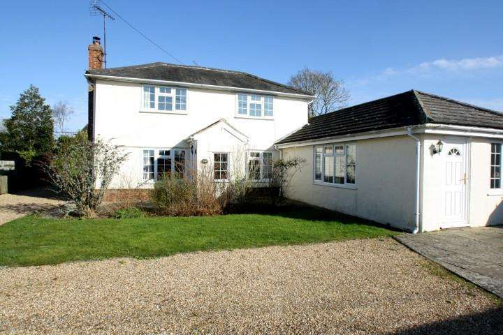 4 Bedrooms Detached House for sale in The Green, Wickham St Pauls, Essex