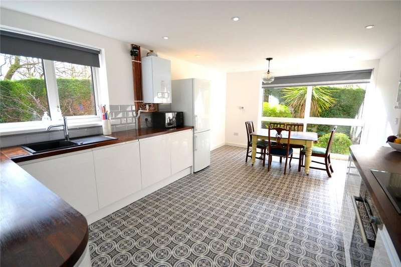 2 Bedrooms Apartment Flat for sale in Androvan Court, Hollybush Road, Cyncoed, Cardiff, CF23