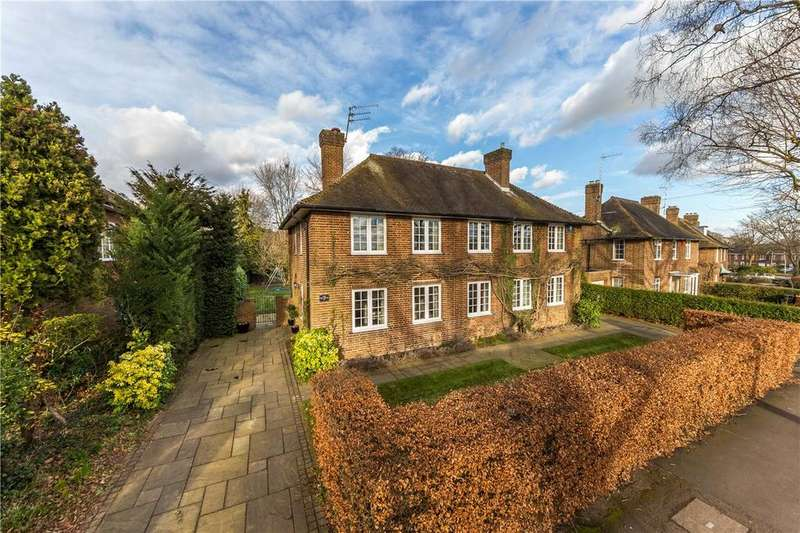 5 Bedrooms Detached House for sale in Barleycroft Road, Welwyn Garden City, Hertfordshire