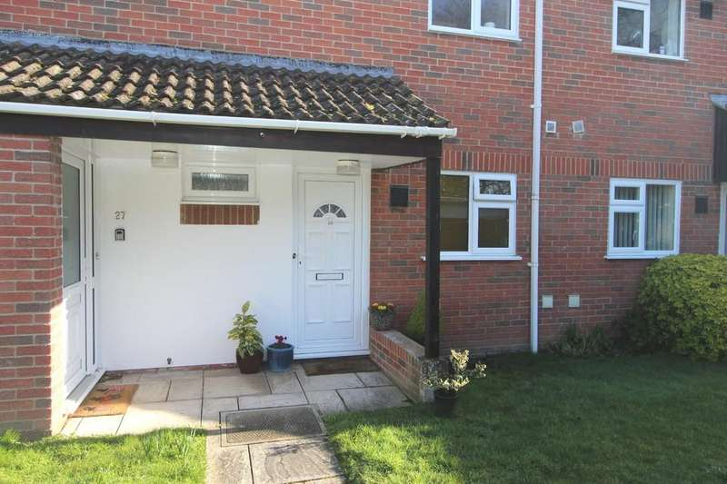 1 Bedroom Ground Flat for sale in MUDEFORD