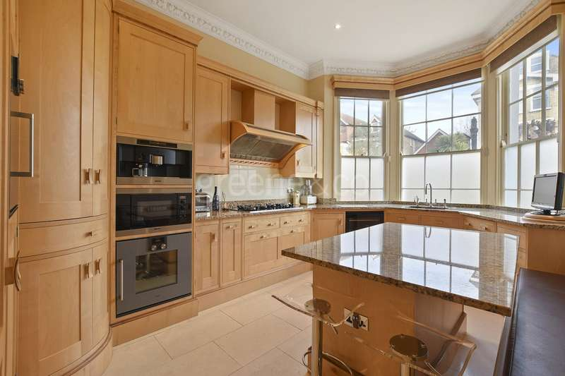 3 Bedrooms Maisonette Flat for sale in Priory Road, South Hampstead, London, NW6